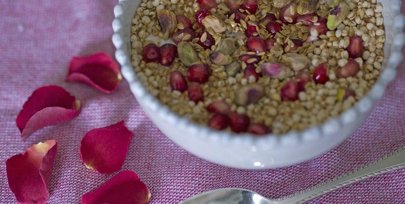 Popped Quinoa Breakfast Bowl